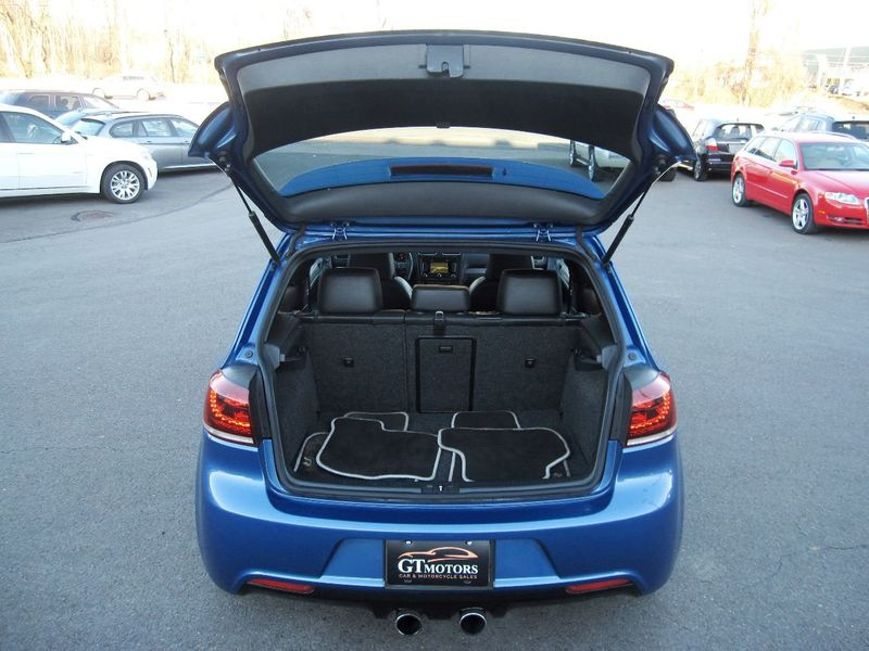 2012 Volkswagen Golf R 2dr Hatchback w/Sunroof & Navi - 19686659 - 28