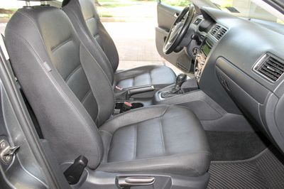 2012 Volkswagen Jetta Sedan 2012 Volkswagen Jetta Sedan 4dr A/T SE, Keyless Entry, 101k Mile - Click to see full-size photo viewer