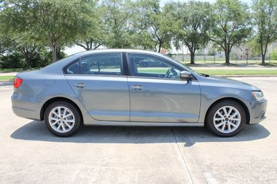 2012 Volkswagen Jetta Sedan 4dr Automatic SE - Click to see full-size photo viewer