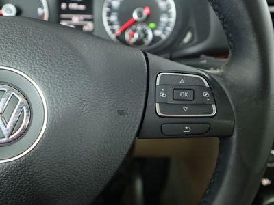 2012 Volkswagen Passat 4dr Sedan 2.0L DSG TDI SEL Premium - Click to see full-size photo viewer