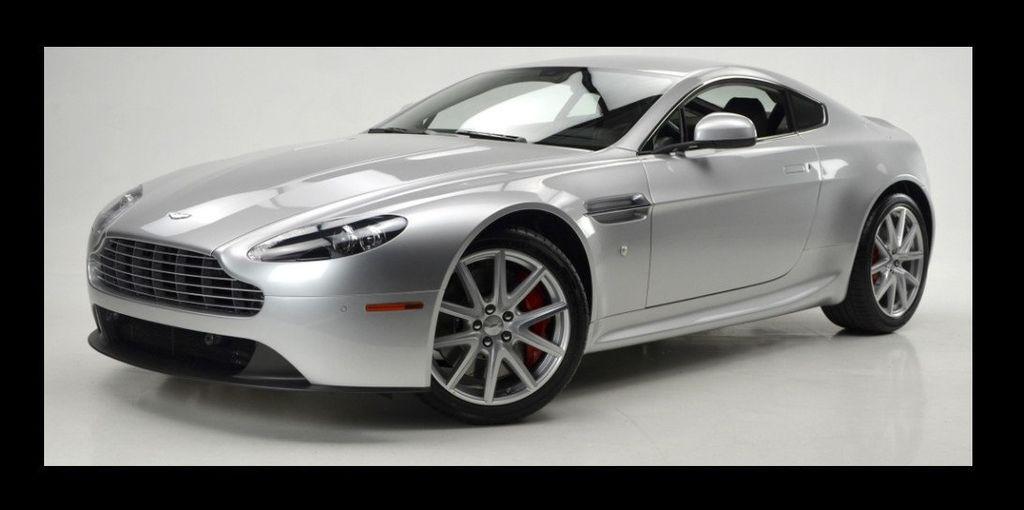 2013 Aston Martin Vantage  - 15452285 - 1
