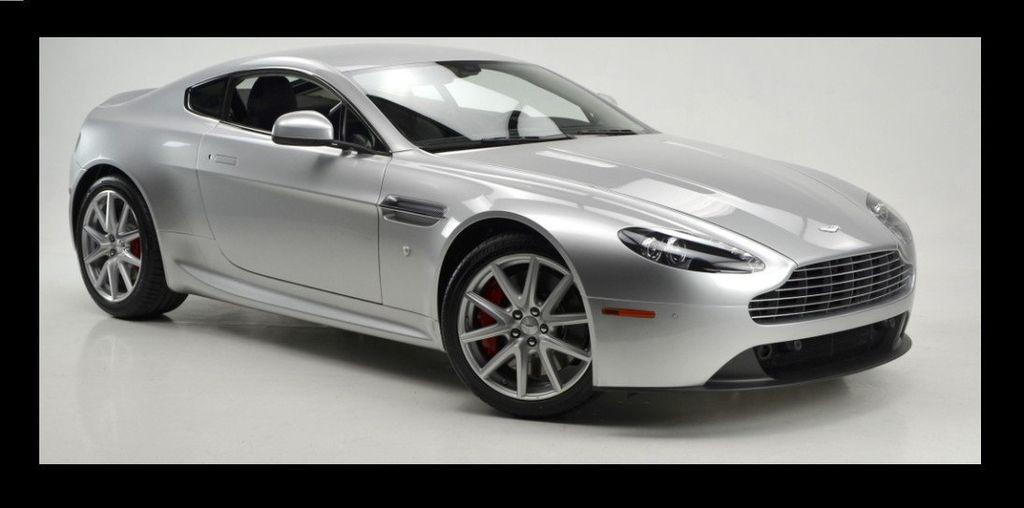 2013 Aston Martin Vantage  - 15452285 - 3