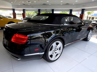 2013 Bentley Continental GT GTC Mulliner Convertible - Click to see full-size photo viewer