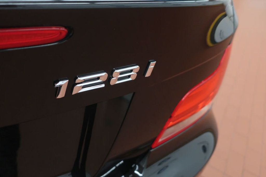 2013 BMW 1 Series 128i - 17415459 - 4