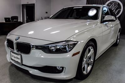 2013 BMW 3 Series 320i - Click to see full-size photo viewer