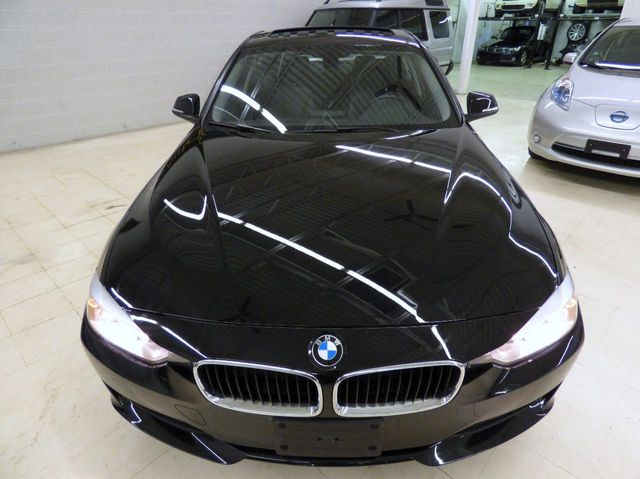 2013 BMW 3 Series 320i xDrive - Click to see full-size photo viewer