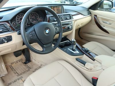 2013 BMW 3 Series 328i Sedan - Click to see full-size photo viewer