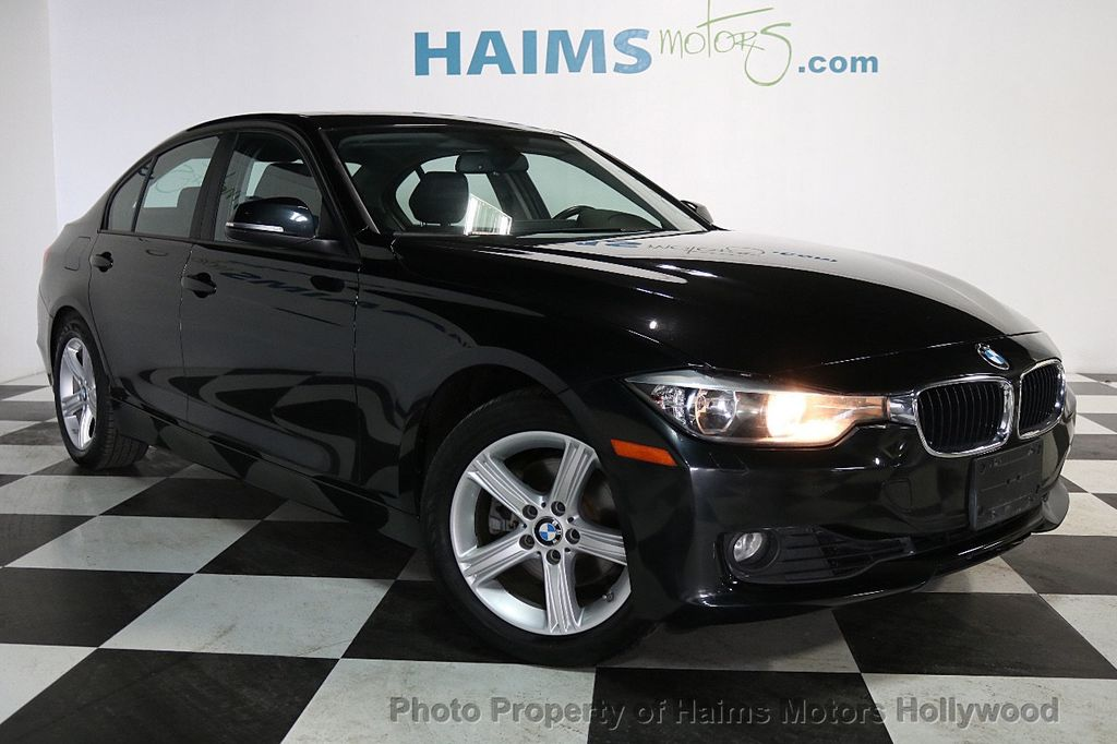2013 BMW 3 Series 328i xDrive - 17688231 - 3