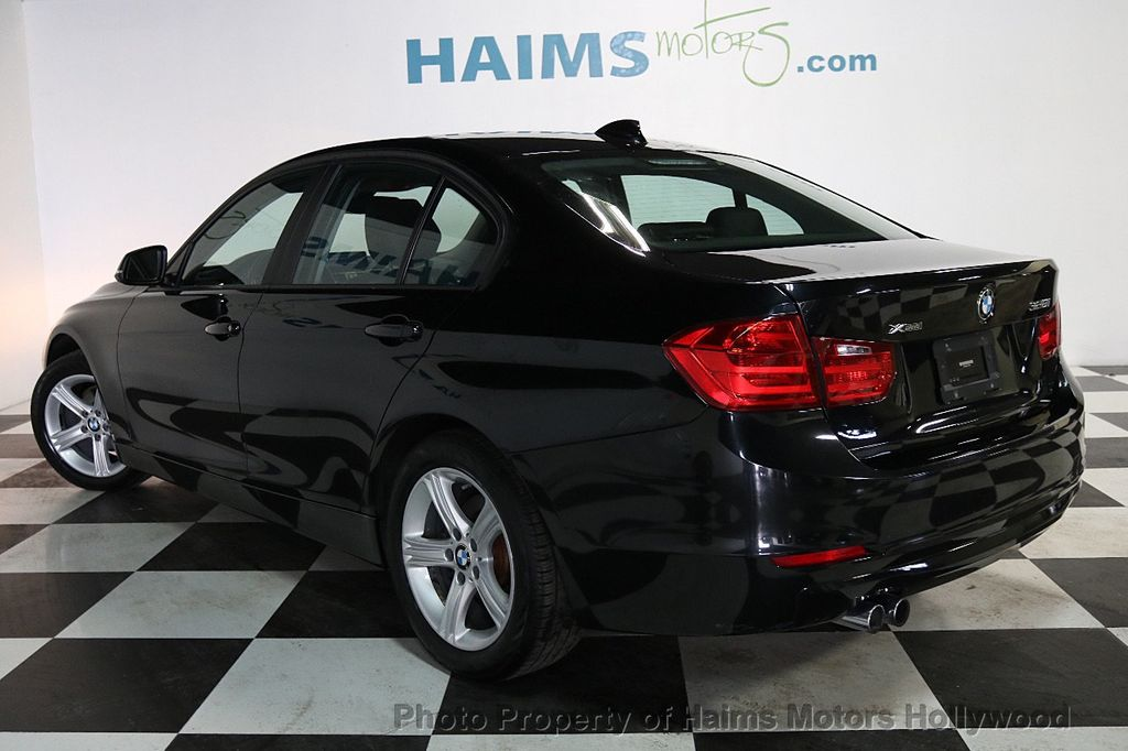 2013 BMW 3 Series 328i xDrive - 17688231 - 4