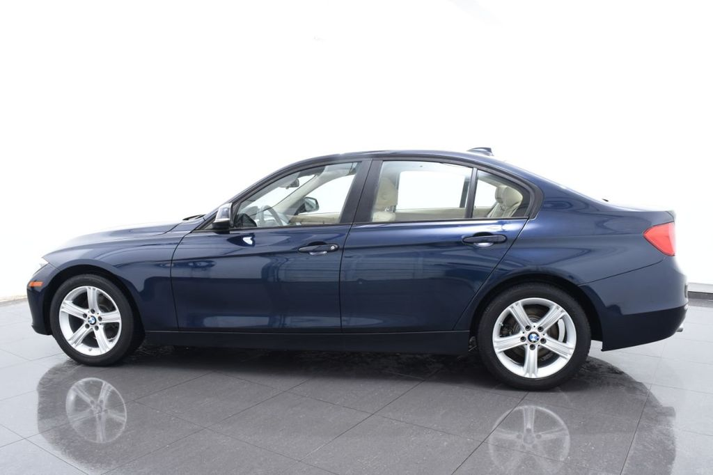 2013 BMW 3 Series 328i xDrive - 18326701 - 10