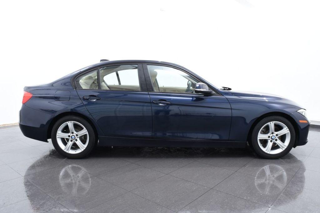 2013 BMW 3 Series 328i xDrive - 18326701 - 11