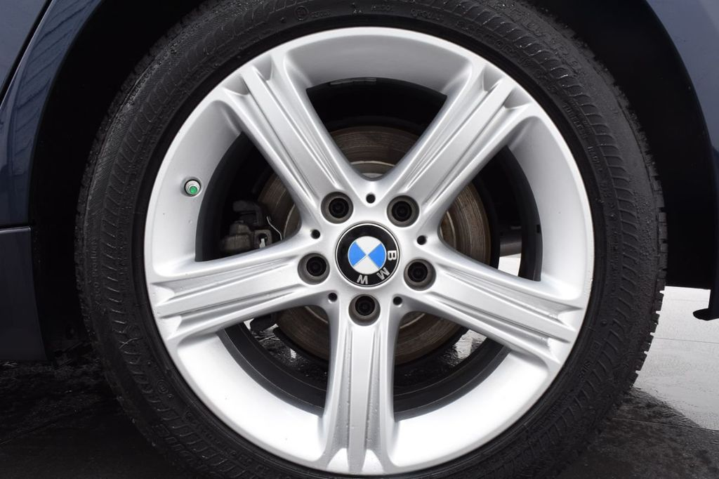 2013 BMW 3 Series 328i xDrive - 18326701 - 19