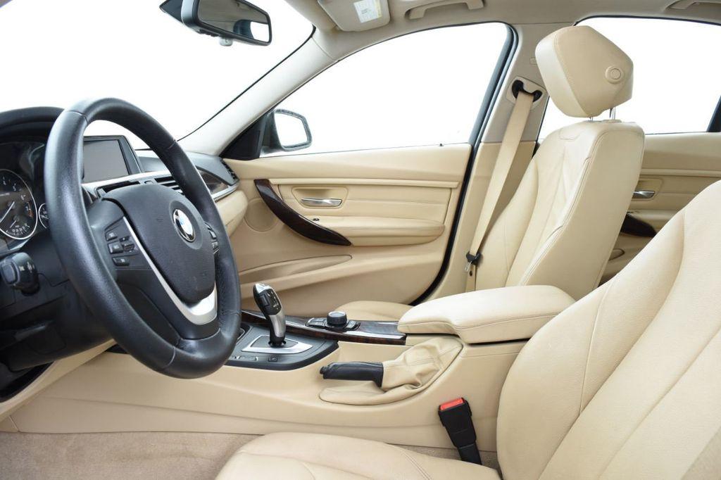 2013 BMW 3 Series 328i xDrive - 18326701 - 22