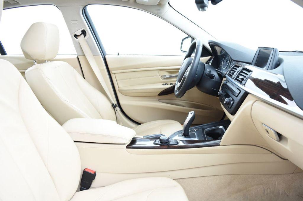 2013 BMW 3 Series 328i xDrive - 18326701 - 25