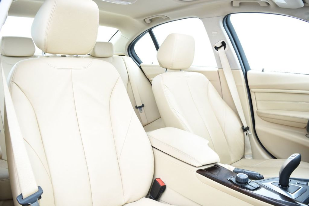 2013 BMW 3 Series 328i xDrive - 18326701 - 26