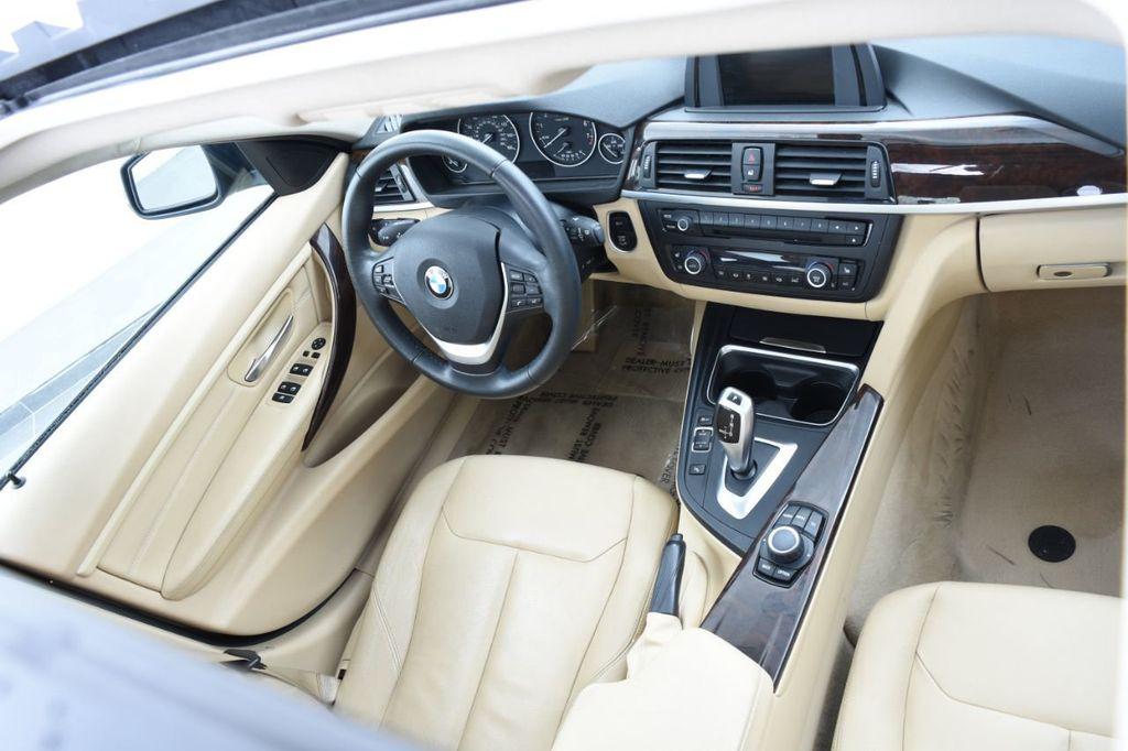 2013 BMW 3 Series 328i xDrive - 18326701 - 37