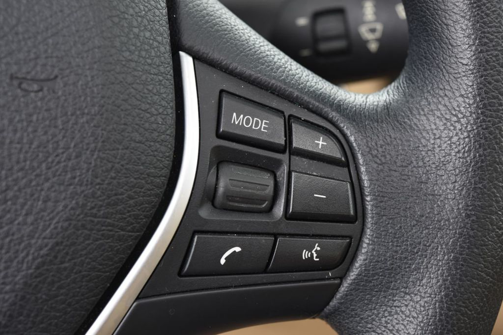 2013 BMW 3 Series 328i xDrive - 18326701 - 40