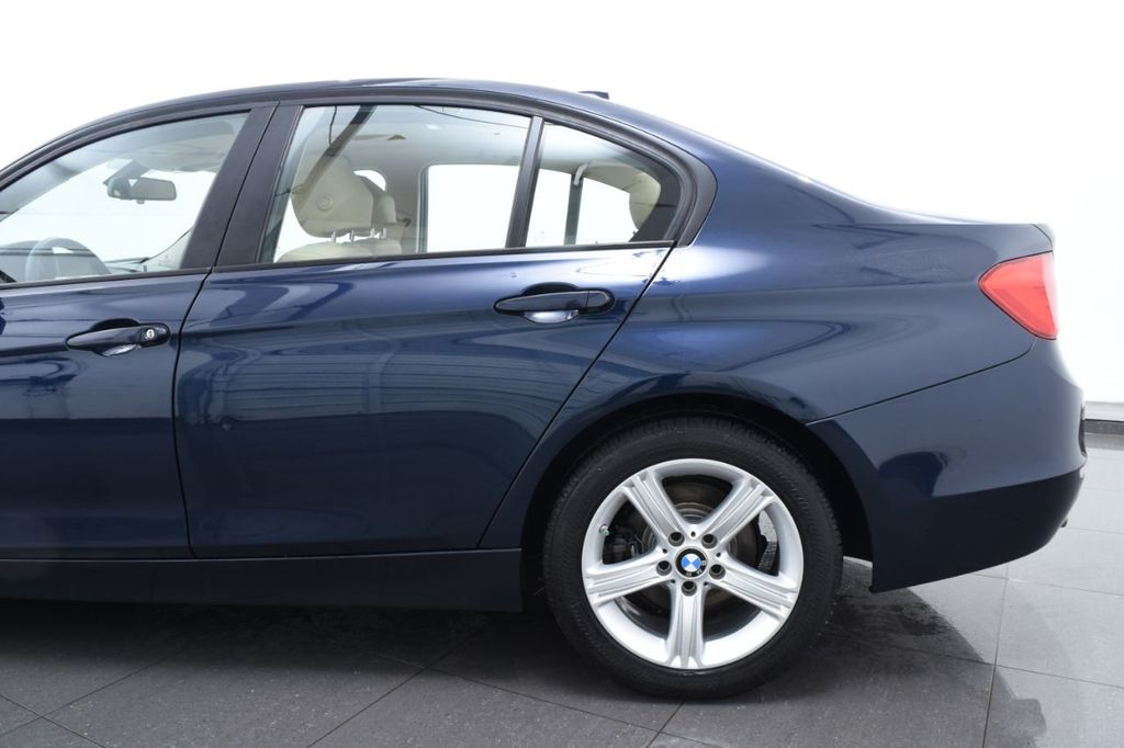 2013 BMW 3 Series 328i xDrive - 18326701 - 6