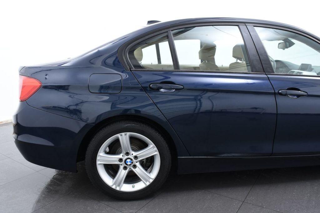 2013 BMW 3 Series 328i xDrive - 18326701 - 7