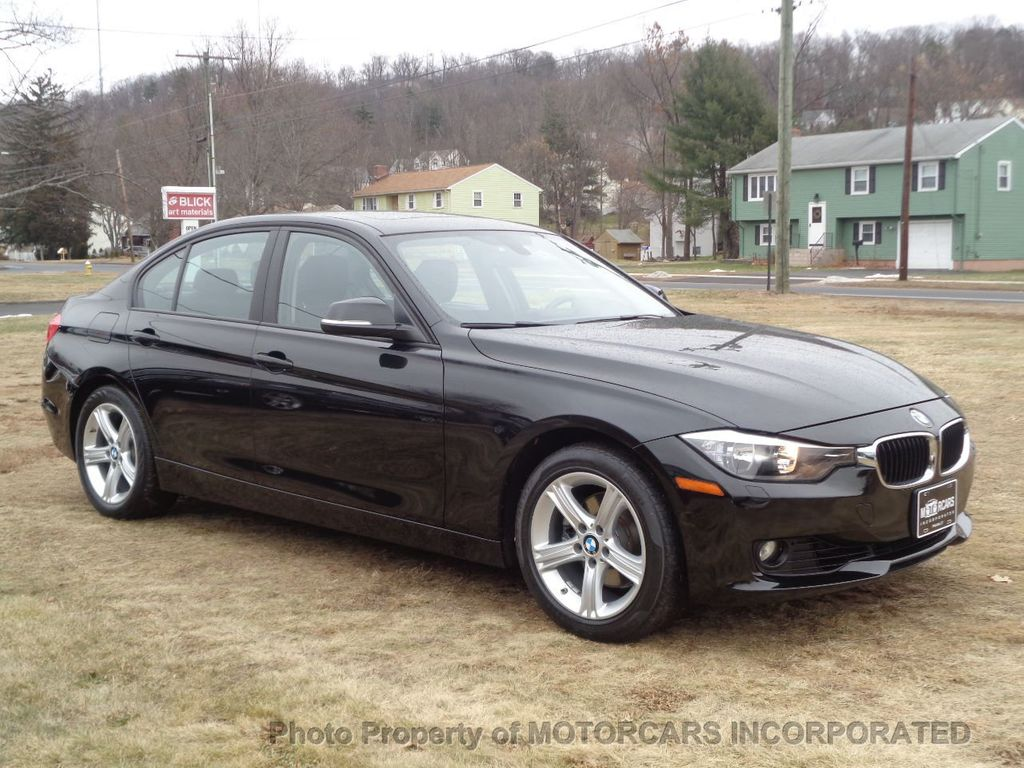 2013 BMW 3 Series ABSOLUTELY PRISTINE W/ NAV, AWD AND BLACK ON BLACK! - 17182310 - 1