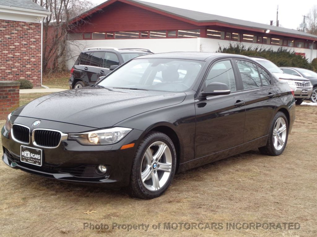 2013 BMW 3 Series ABSOLUTELY PRISTINE W/ NAV, AWD AND BLACK ON BLACK! - 17182310 - 3