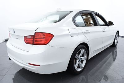 2013 BMW 3 Series PREMIUM PACKAGE - Click to see full-size photo viewer