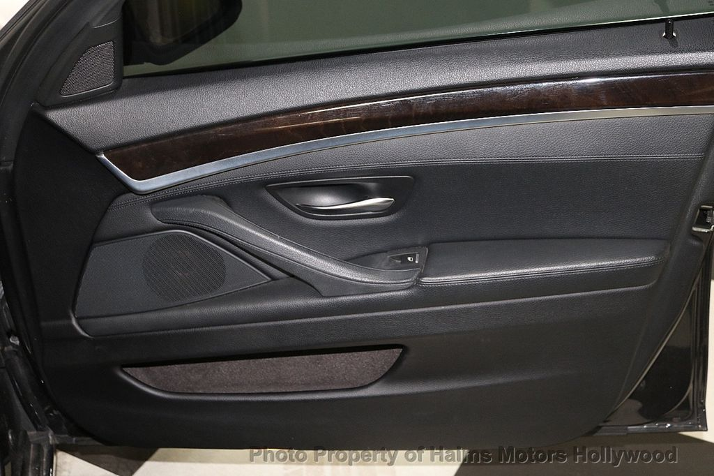 2013 BMW 5 Series 528i - 18581583 - 12