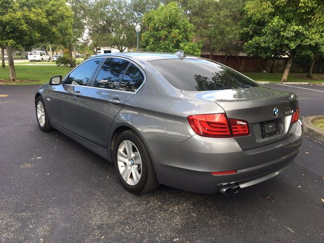 2013 BMW 5 Series 528i - Click to see full-size photo viewer