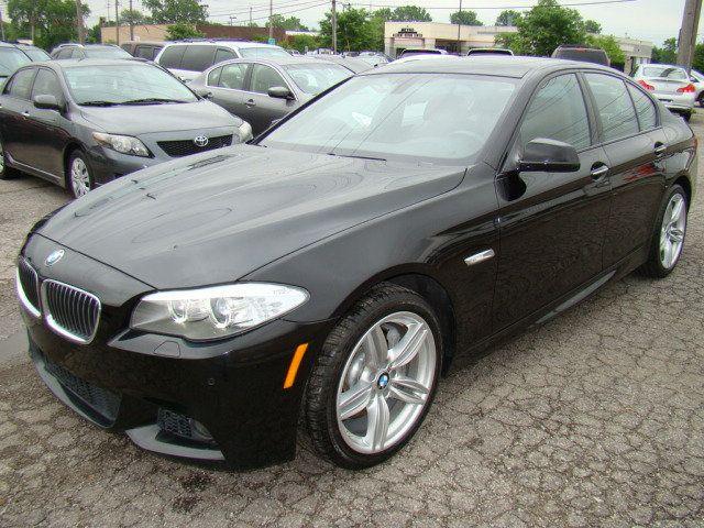 2013 BMW 5 Series 535i xDrive - 17785331 - 1
