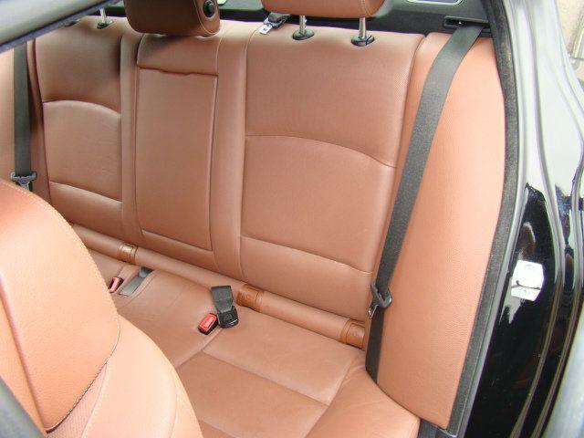 2013 BMW 5 Series 535i xDrive - 17785331 - 32
