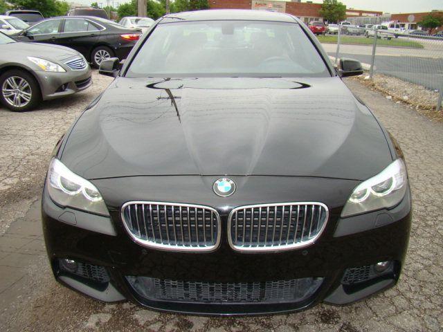 2013 BMW 5 Series 535i xDrive - 17785331 - 39