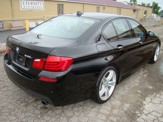 2013 BMW 5 Series 535i xDrive - 17785331 - 42