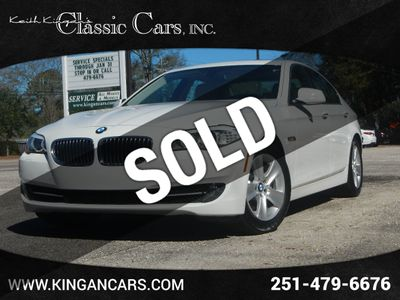 2013 BMW 5 Series w/NAVIGATION Sedan