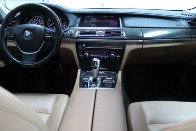 2013 BMW 7 Series 740Li xDrive - Click to see full-size photo viewer
