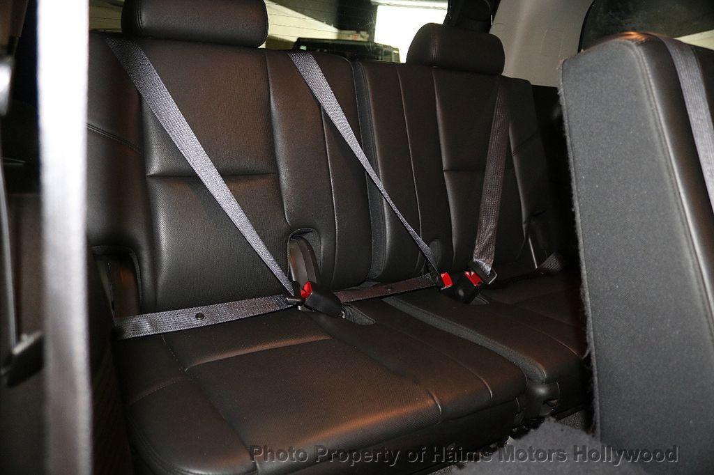 2013 Cadillac Escalade AWD 4dr Luxury - 17789447 - 16