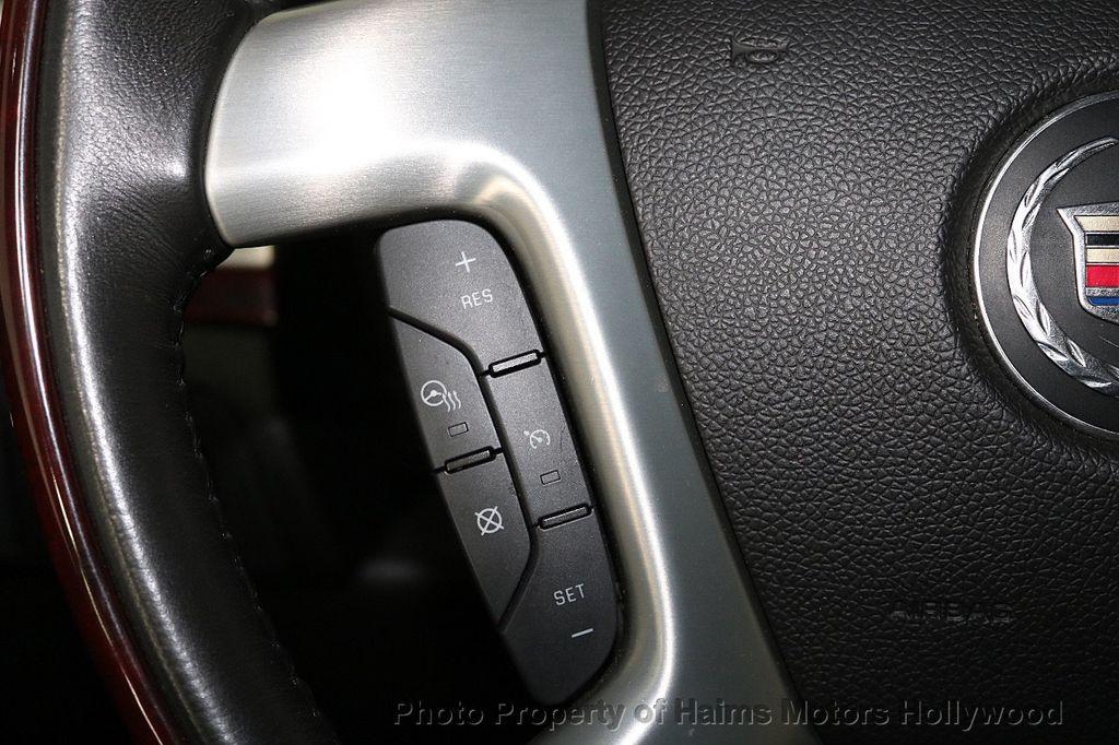 2013 Cadillac Escalade AWD 4dr Luxury - 17789447 - 26