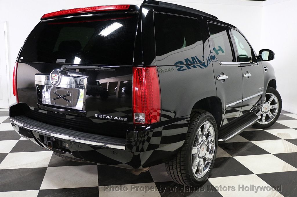 2013 Cadillac Escalade AWD 4dr Luxury - 17789447 - 6