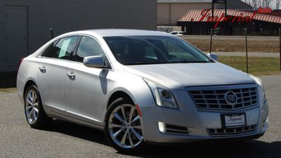 2013 Cadillac XTS 4dr Sedan Luxury FWD