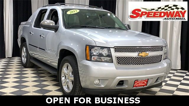 2013 Chevrolet Avalanche Ltz >> 2013 Used Chevrolet Avalanche 4wd Crew Cab Ltz At Speedway Auto Mall Serving Rockford Il Iid 19339241