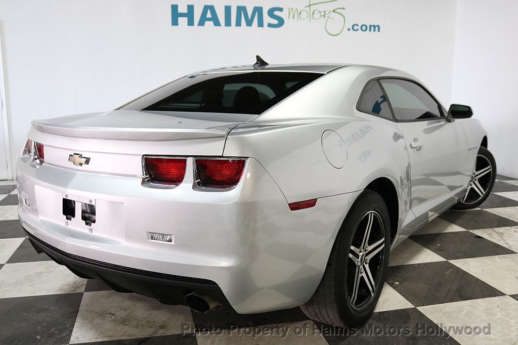 2013 Chevrolet Camaro 2dr Coupe LS w/1LS - 18220918 - 6