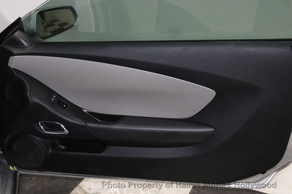 2013 Chevrolet Camaro 2dr Coupe LS w/1LS - 18220918 - 8
