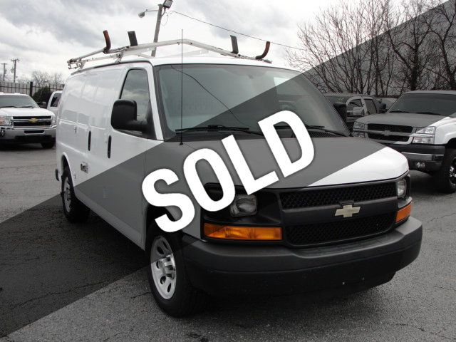 2013 Chevrolet Express Cargo Van 1500 EXPRESS CARGO...LADDER RACK AND BINS..V6..AUTOMATIC - 17323582 - 0