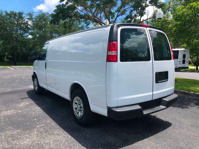 "2013 Chevrolet Express Cargo Van RWD 1500 135"" - Click to see full-size photo viewer"