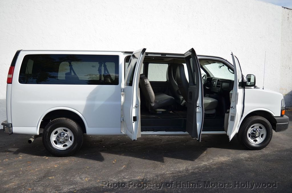 "2013 Chevrolet Express Passenger RWD 3500 155"" LT w/2LT - 18296536 - 9"