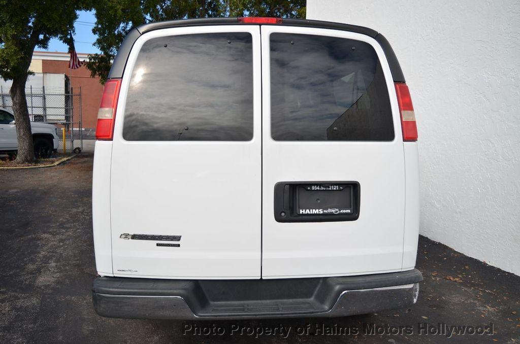 "2013 Chevrolet Express Passenger RWD 3500 155"" LT w/2LT - 18296536 - 13"