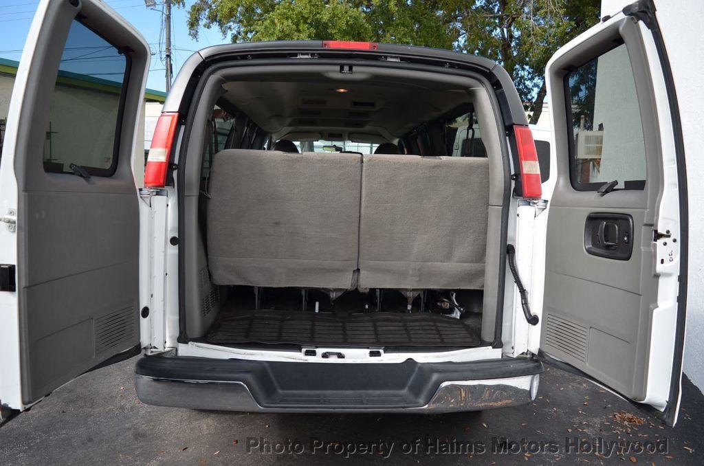 "2013 Chevrolet Express Passenger RWD 3500 155"" LT w/2LT - 18296536 - 14"
