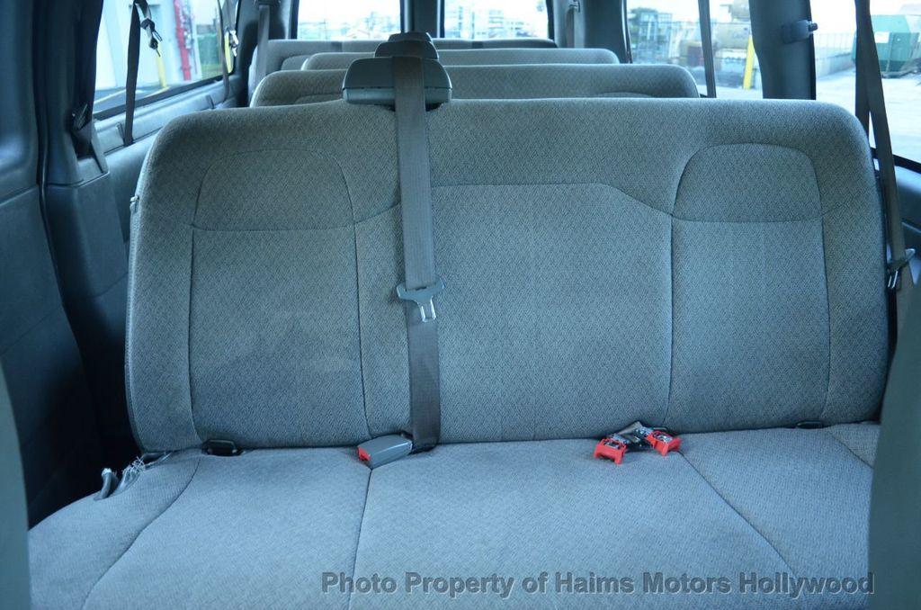 "2013 Chevrolet Express Passenger RWD 3500 155"" LT w/2LT - 18296536 - 18"