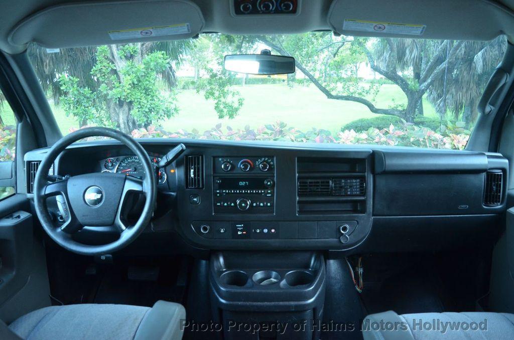 "2013 Chevrolet Express Passenger RWD 3500 155"" LT w/2LT - 18296536 - 19"