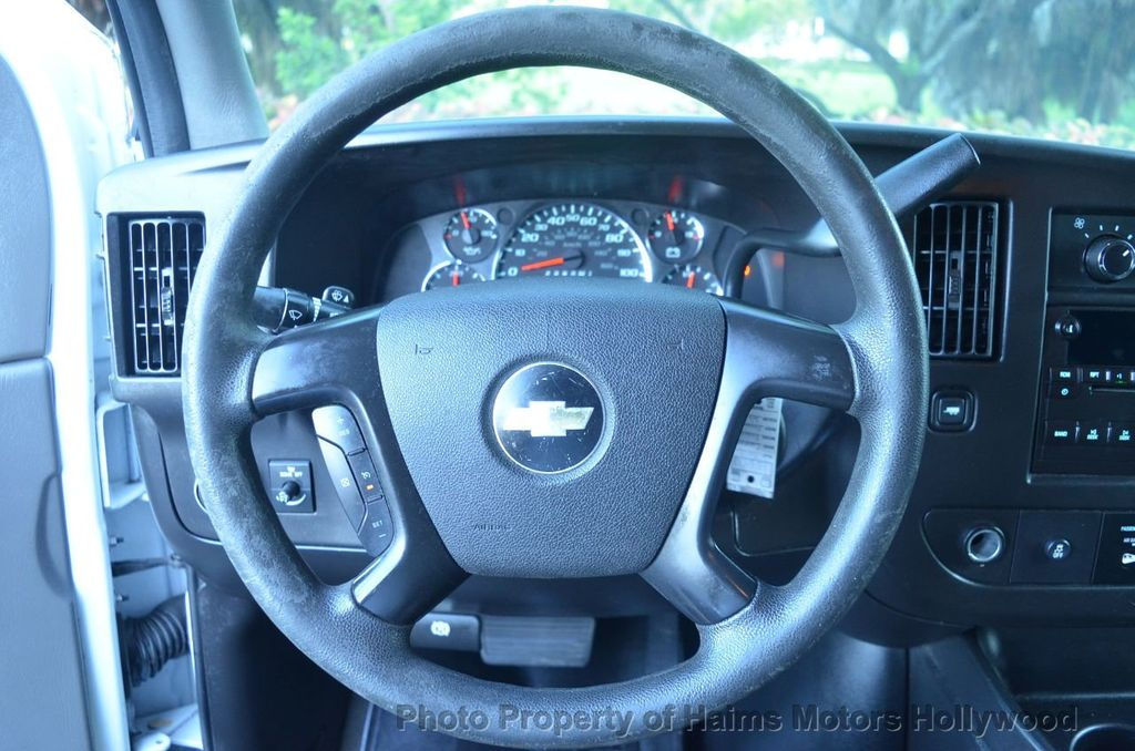 "2013 Chevrolet Express Passenger RWD 3500 155"" LT w/2LT - 18296536 - 20"