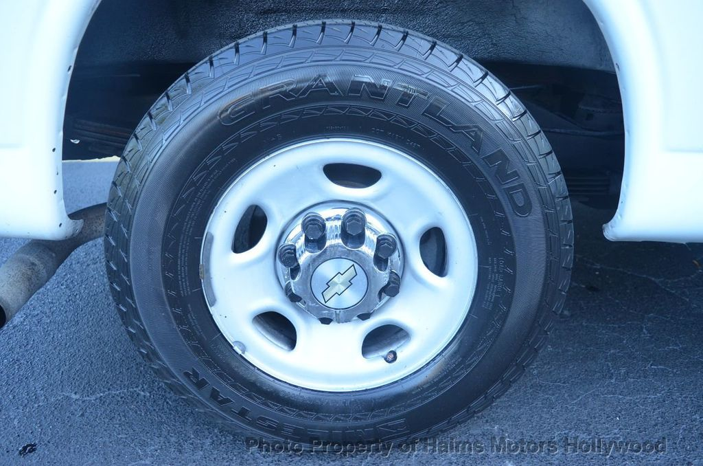 "2013 Chevrolet Express Passenger RWD 3500 155"" LT w/2LT - 18296536 - 28"